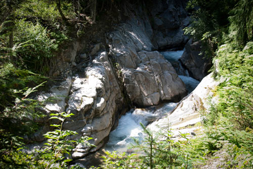 Photo of another cascade.